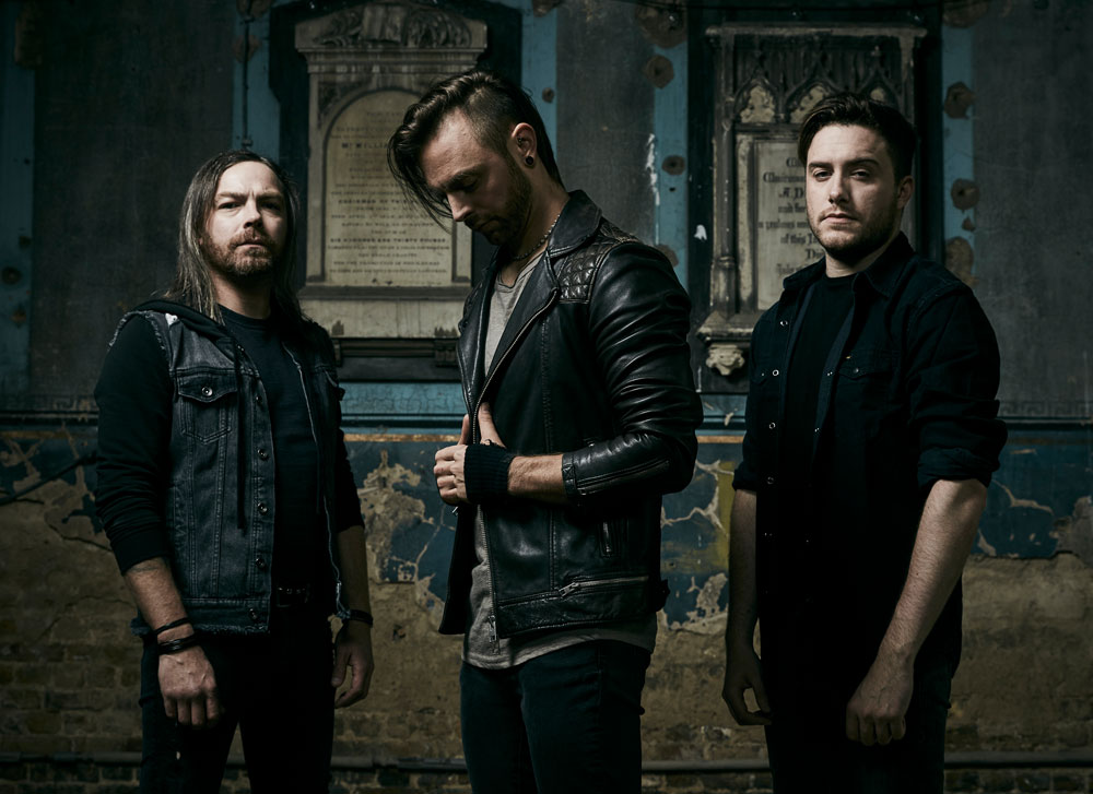 BULLET FOR MY VALENTINE - 00:15