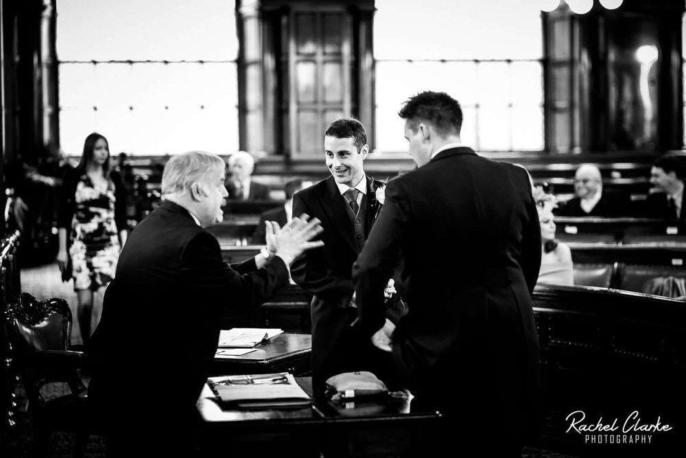 Liverpool_Town_Hall_Wedding_Photographer (17).jpg