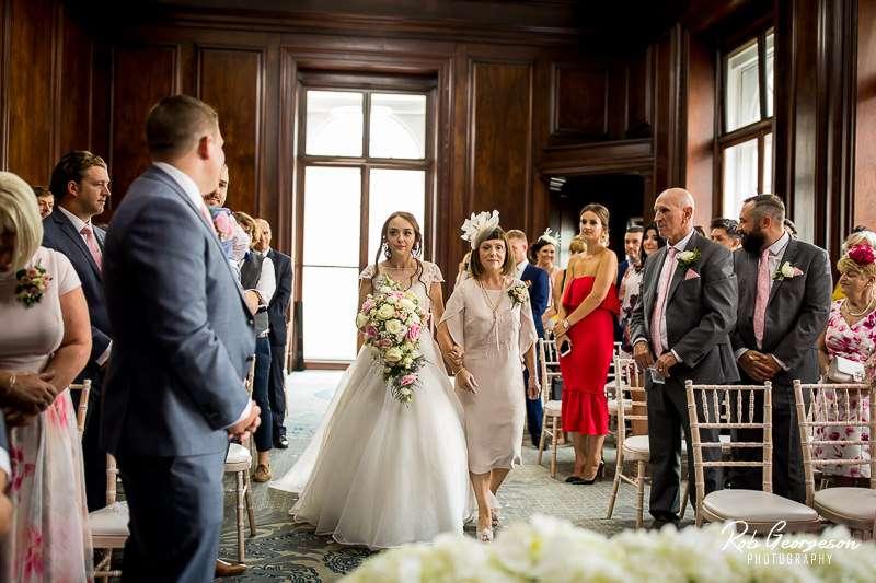 Aloft_Liverpool_Wedding_Photographer_027.jpg