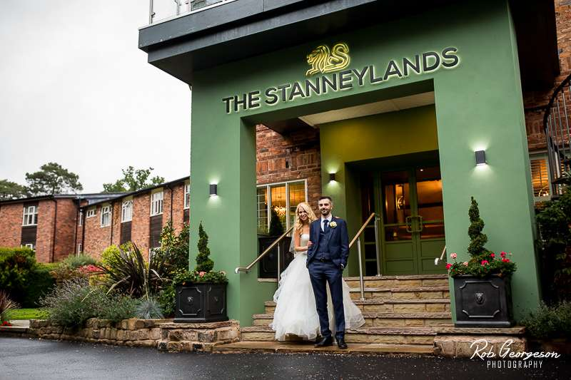 Stanneylands_Wedding_Photographer_039.jpg