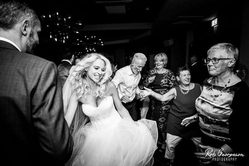 Stanneylands_Wedding_Photographer_045.jpg