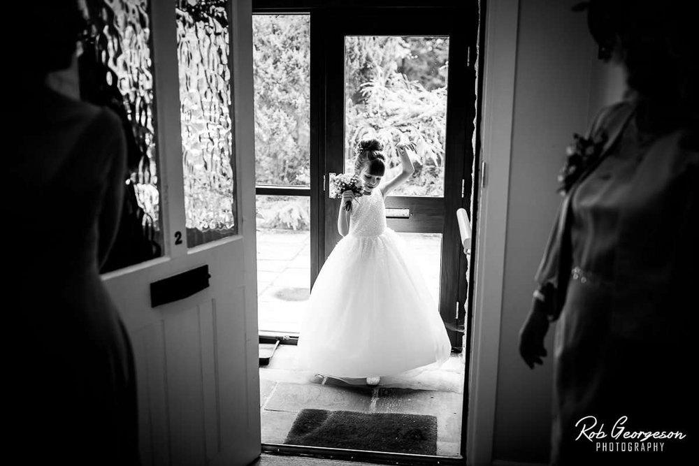 Ferraris_Country_House_Wedding_Photographer_016.jpg