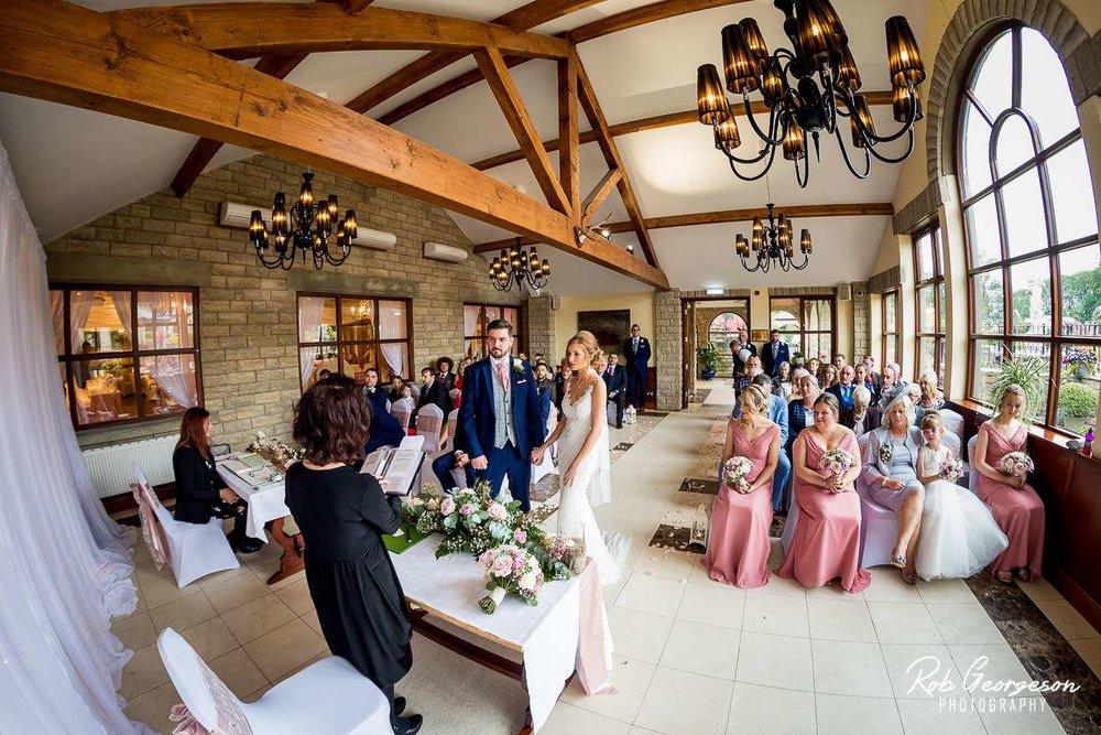 Ferraris_Country_House_Wedding_Photographer_029.jpg