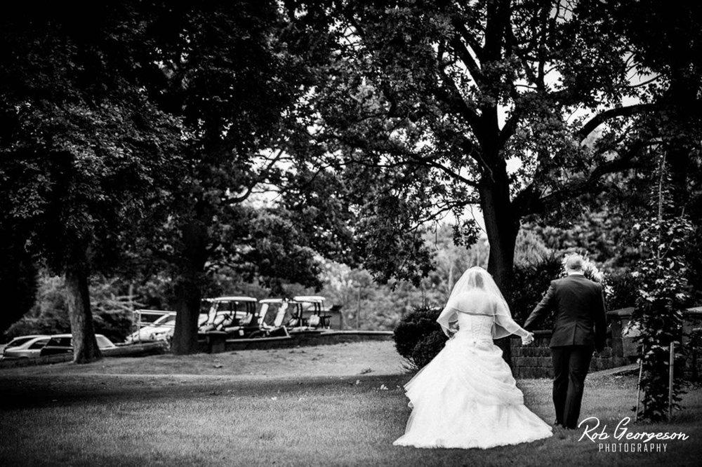 Shaw_Hill_Golf_Club_Wedding_Photographer (24).jpg
