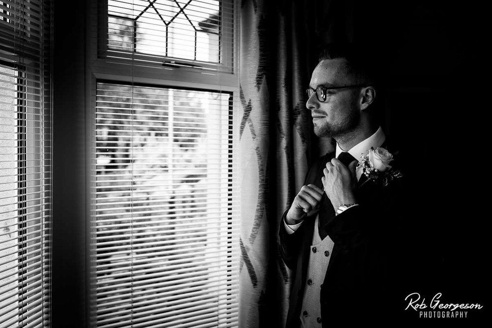 Shireburn_Arms_Wedding_Photographer_016.jpg