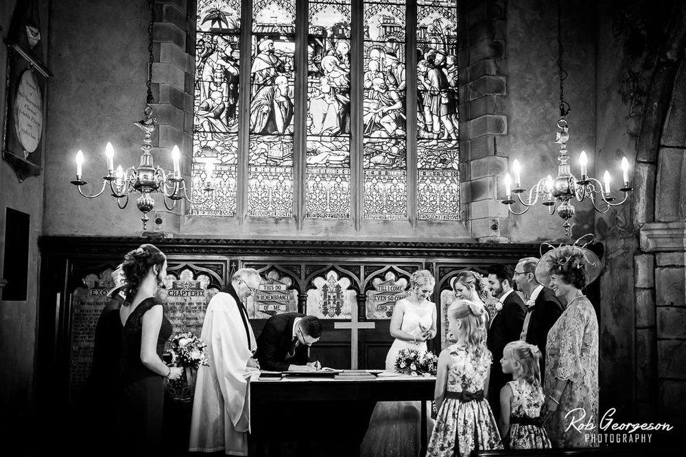 Shireburn_Arms_Wedding_Photographer_031.jpg