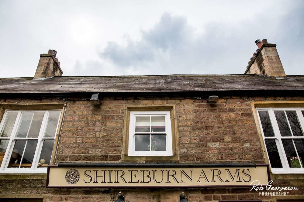 Shireburn_Arms_Wedding_Photographer_036.jpg