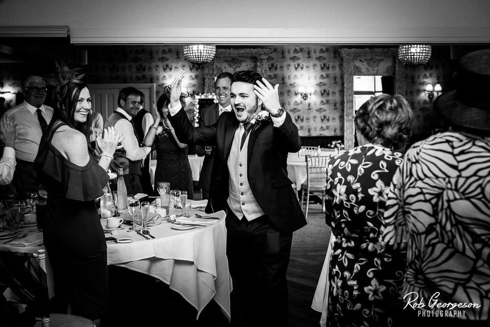 Shireburn_Arms_Wedding_Photographer_046.jpg