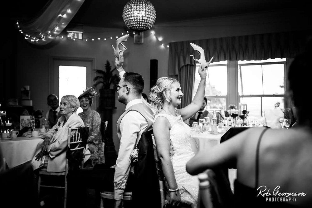 Shireburn_Arms_Wedding_Photographer_059.jpg