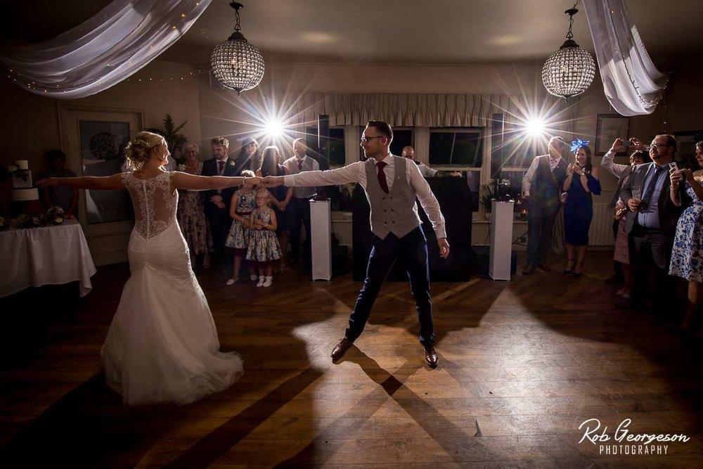 Shireburn_Arms_Wedding_Photographer_072.jpg