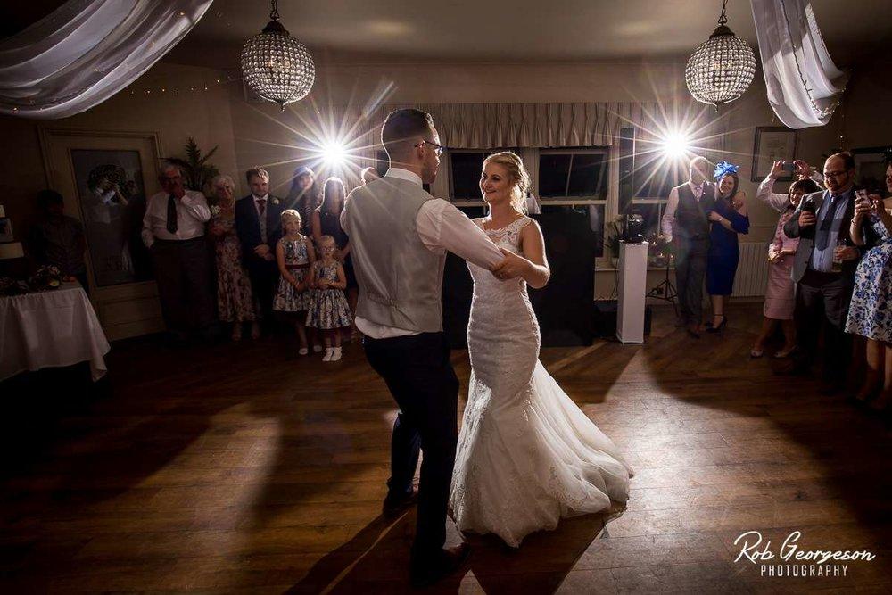Shireburn_Arms_Wedding_Photographer_074.jpg