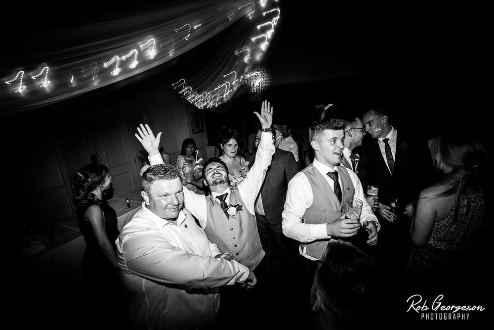 Shireburn_Arms_Wedding_Photographer_078.jpg