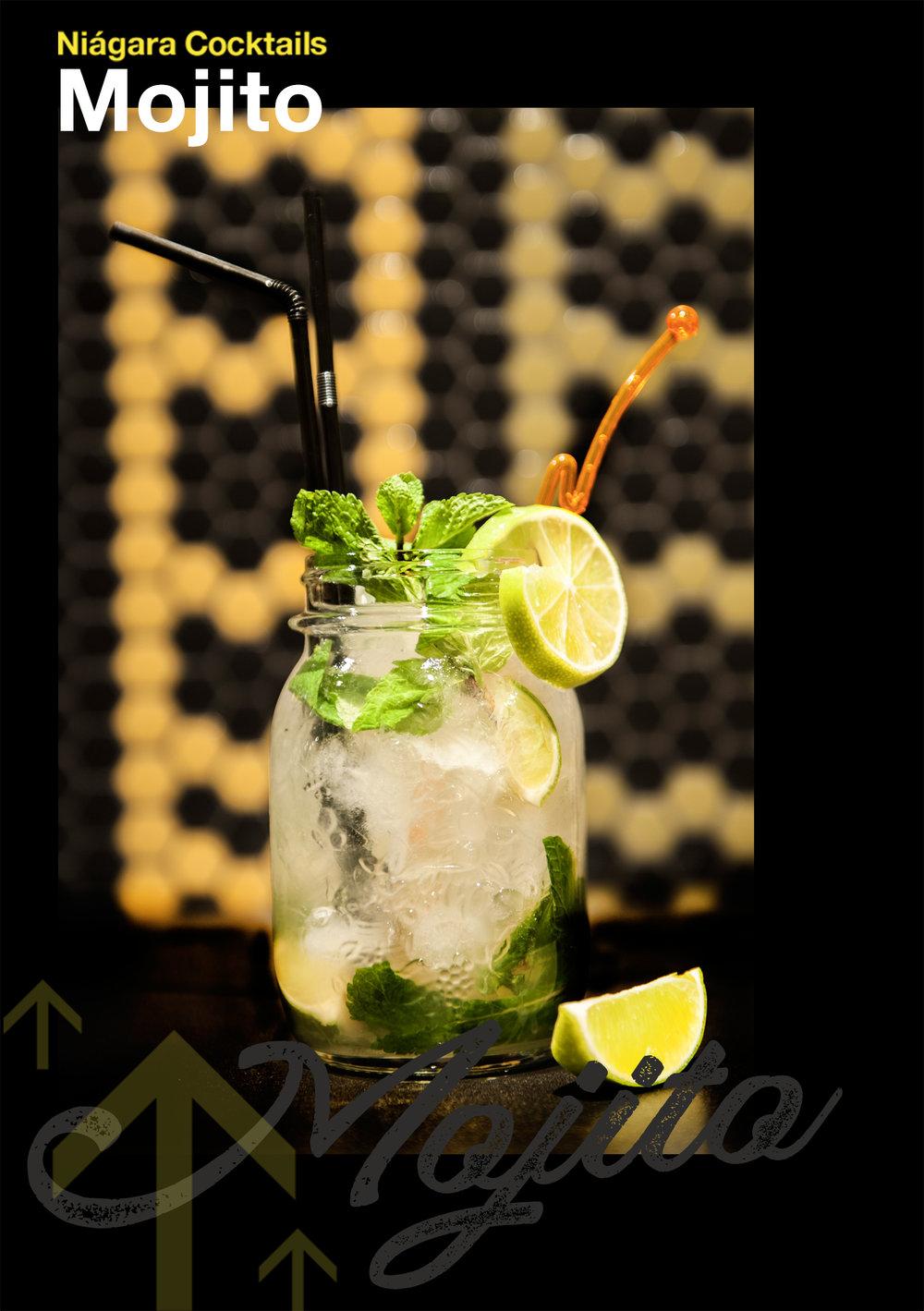 Un cubanocon solera - Comúnmente se piensa que el Mojito fue inventado por el restaurante cubano La Bodeguita del Medio por los años 30, pero los cubanos ya lo hacían antes de la aparición del local.Menta, limón, azúcar, soda, ron y mucho hielo. Desde Cuba hasta Santander, para las noches largas y calurosas… ¿Todavía no has probado nuestro mojito? No tardes, ¡es único!