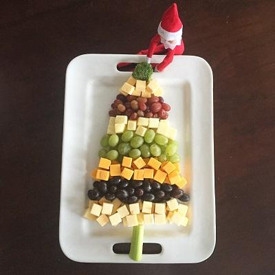 elf on the shelf cheese tree platter.jpg