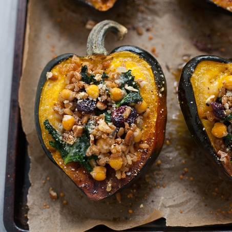 Thanksgiving-Stuffed-Acorn-Squash-Vegetarian-8-2.jpg