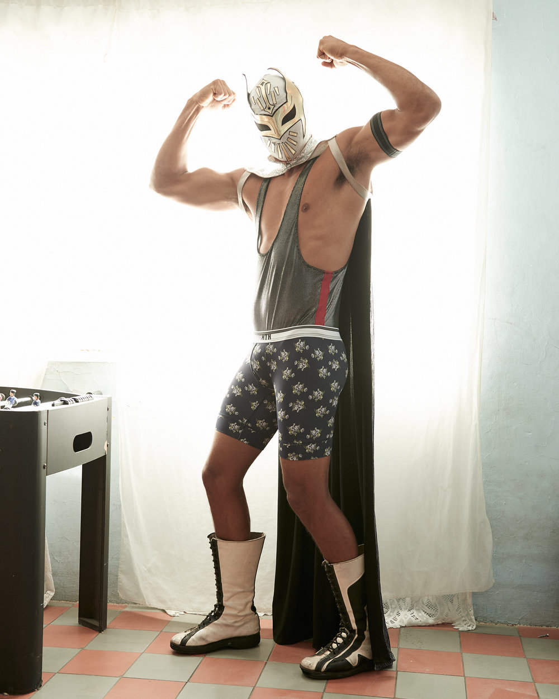 luchaliber25.jpg