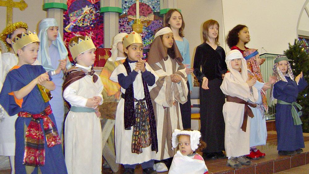 Kids singing3.jpg