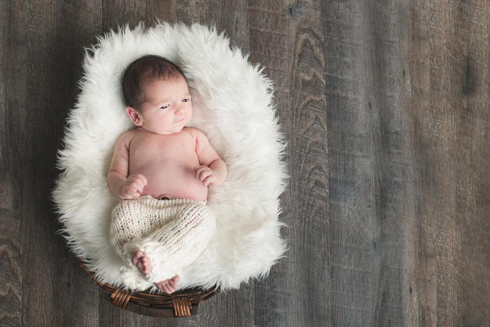 June-750_1494-BabyCharlie-SarahHeadshot.jpg