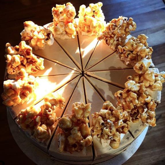sugar-mummah-salted-caramel-popcorn-frea-lewis-portmacquarie.jpg