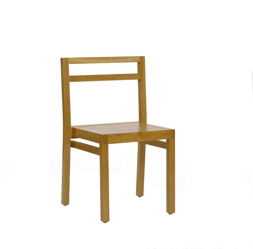 DC STACKING CHAIR