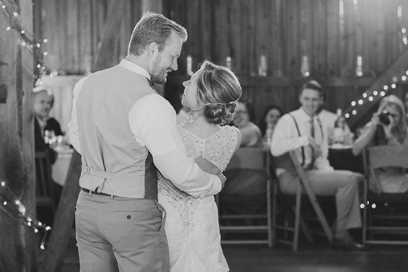 Lancaster_PA_rustic_wedding_photography_41