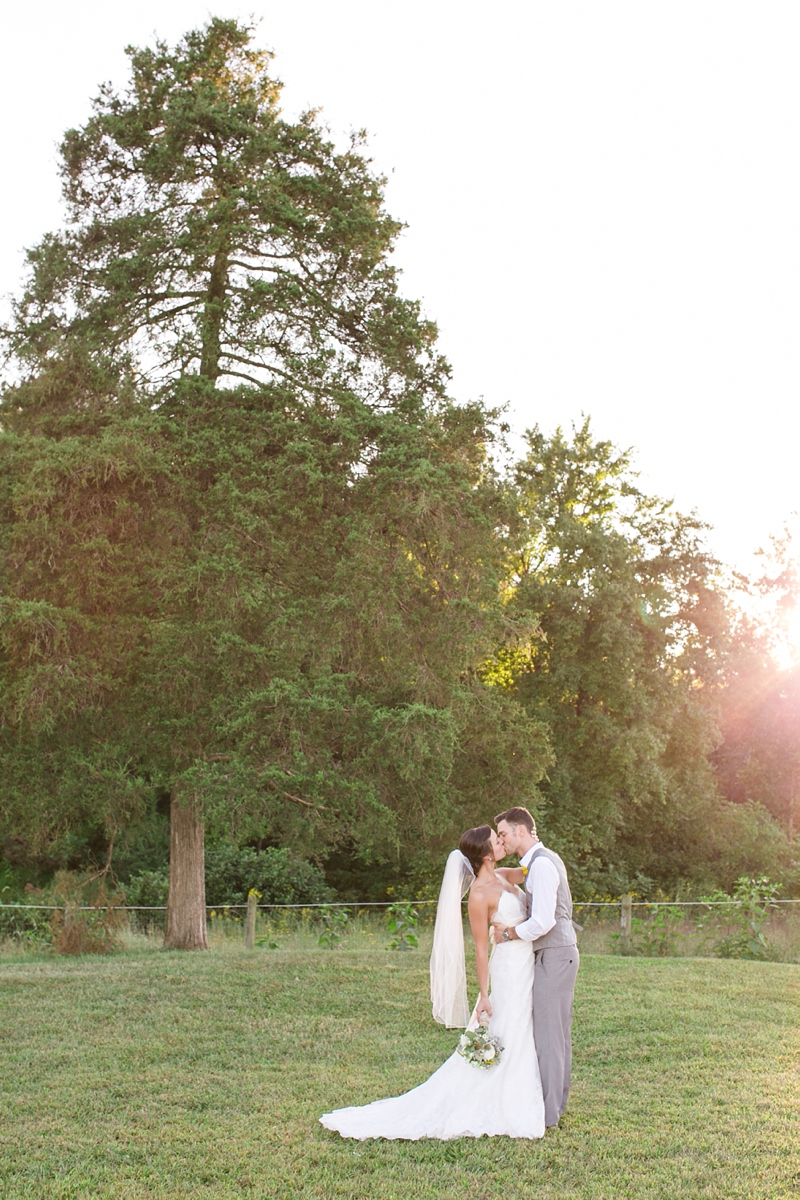 Lynchburg-central-VA-rustic-wedding_55