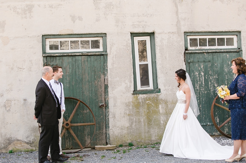 Lancaster_PA_Country_Barn_Wedding_12