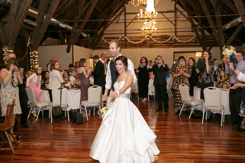 Lancaster_PA_Country_Barn_Wedding_50