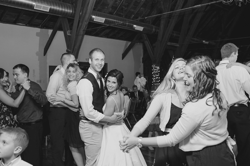 Lancaster_PA_Country_Barn_Wedding_63