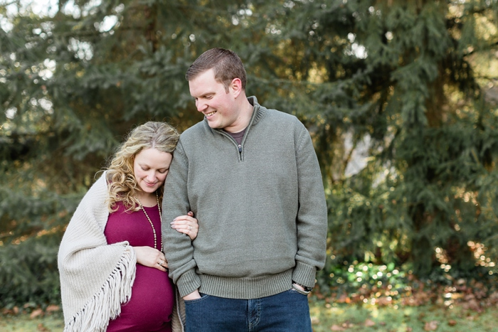 Lancaster_Winter_Maternity_Session_07.jpg