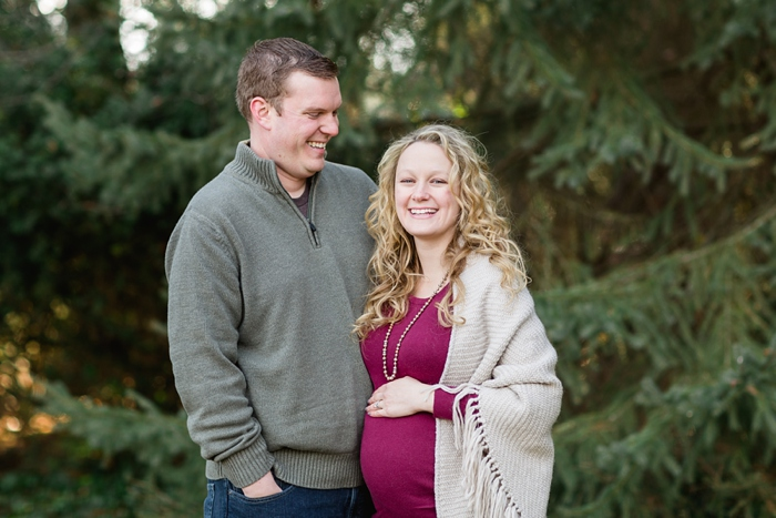 Lancaster_Winter_Maternity_Session_08.jpg