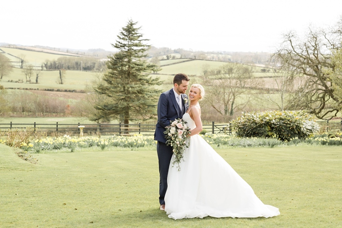 Belfast_Northern_Ireland_Wedding_TullyVeery_House_24.jpg