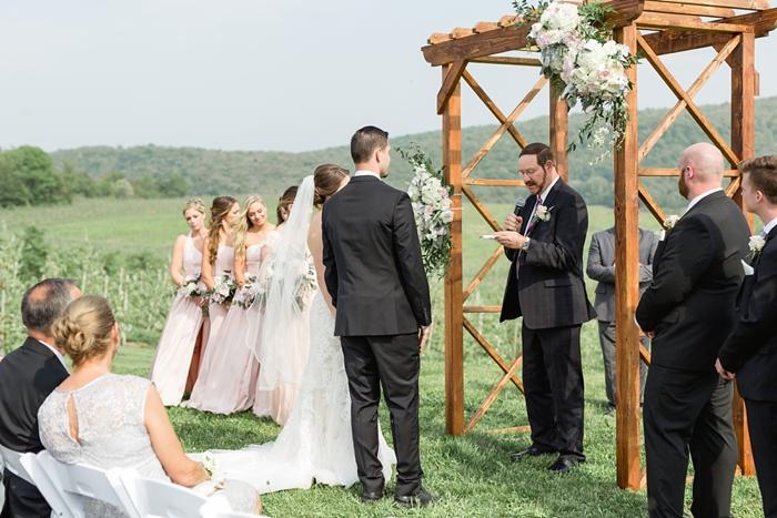Outdoor_Spring_Apple_Orchard_Wedding_21.jpg