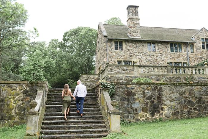 Ridley_Creek_Hunting_Hill_Mansion_Engagement_17.jpg