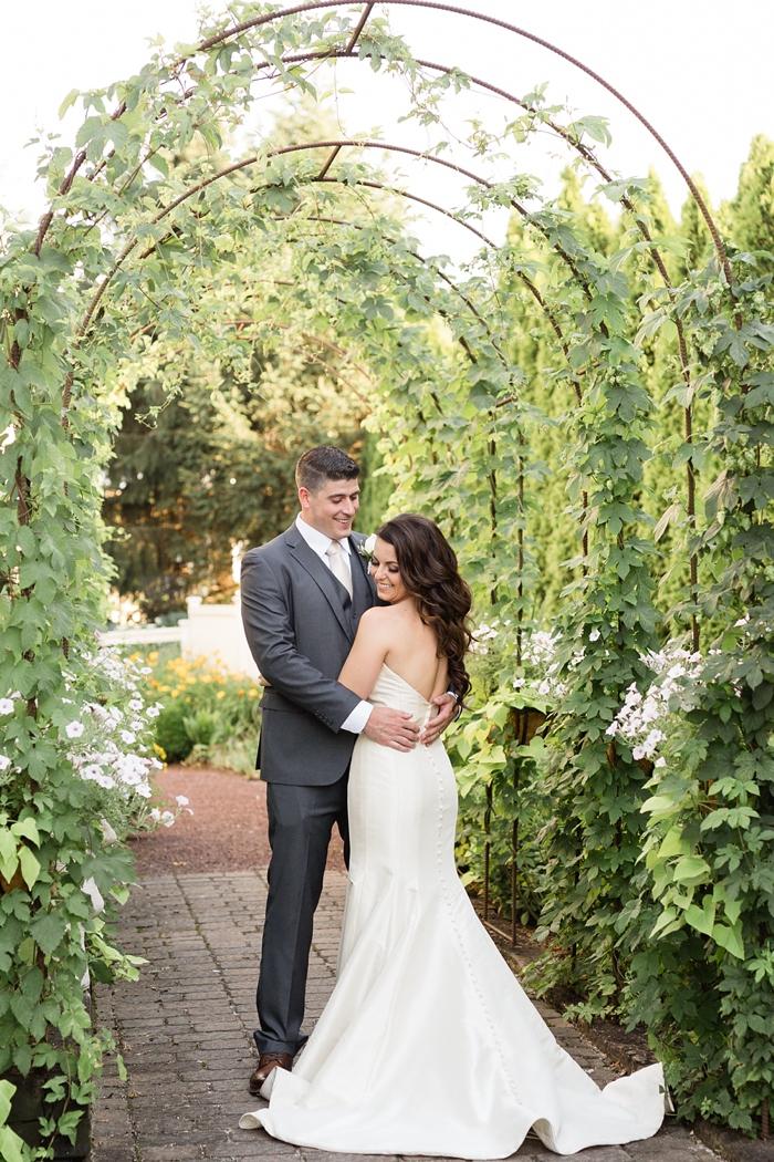 Inn_at_Leola_Village_Lancaster_Wedding_22.jpg