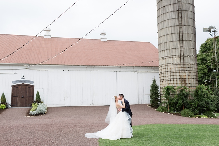 Stoltzfus_Homestead_Lancaster_Wedding_21.jpg