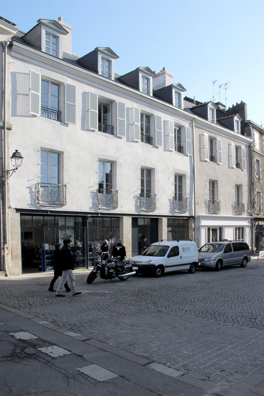 """Restauration d'un ensemble immobilier de 6 logements à Vannes - Trophée des Hermines 2016 dans la catégorie """"restaurations patrimoniales"""""""
