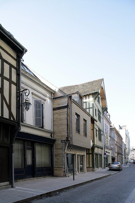 Réhabilitation d'un ensemble immobilier de 9 logements à Troyes