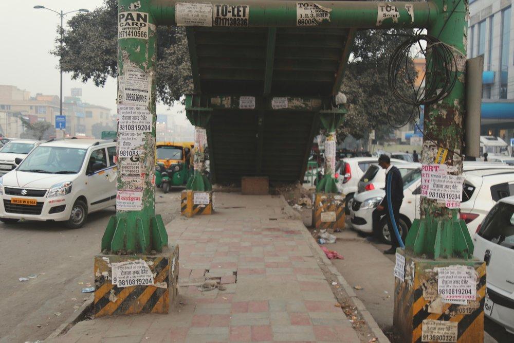 Rush hour. (Delhi)