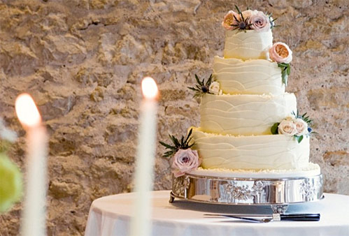 wedding-cakes-in-bath-bath-funtion-rooms-002