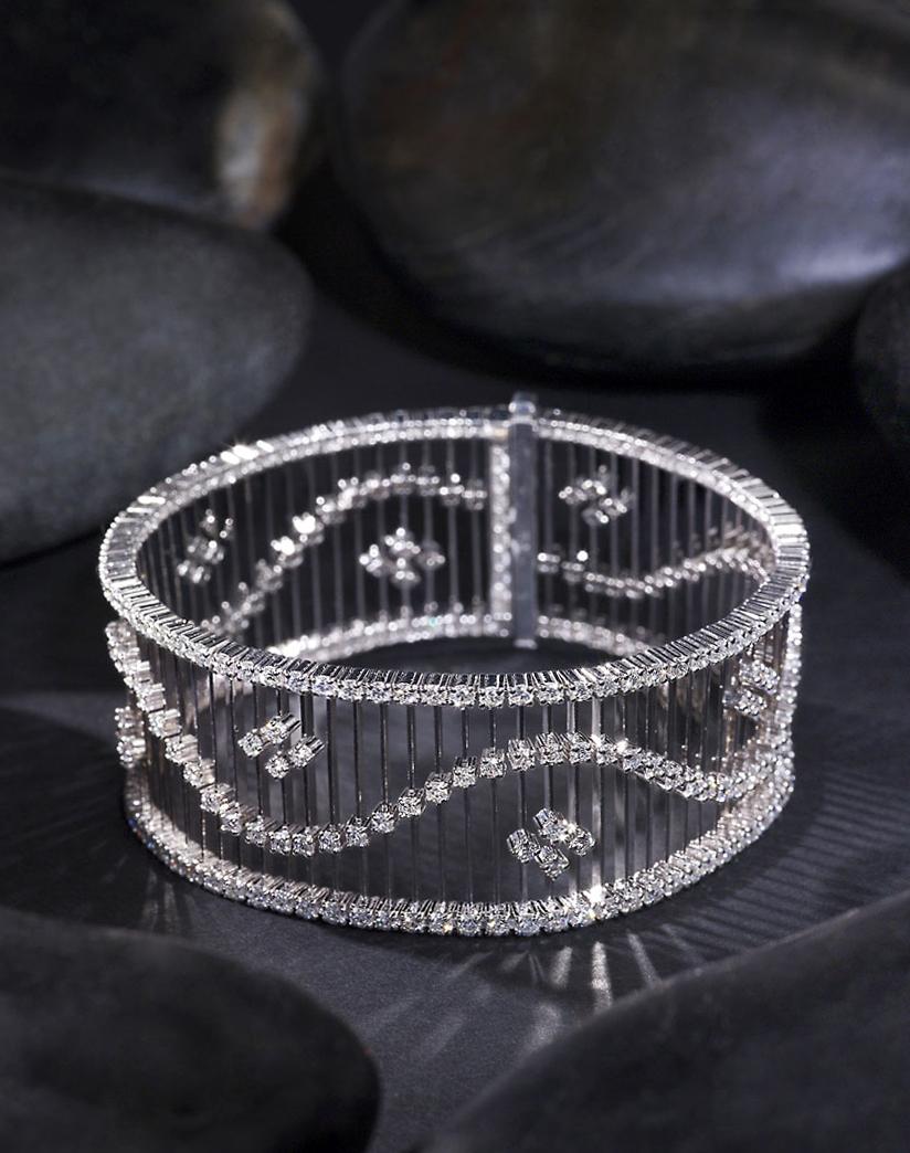jewelry_bracelet_black_still_basalt_life_new_york_photographer