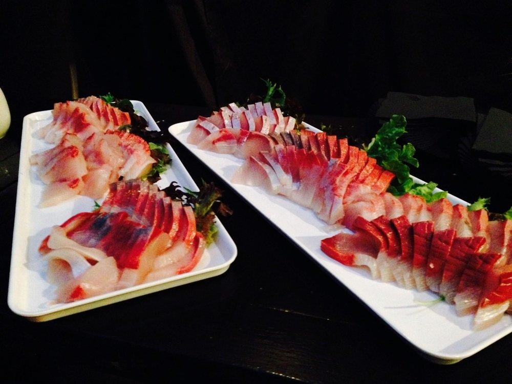 86359-kingfish-sashimi-1024x768.jpg