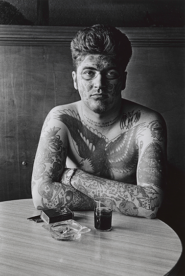 Jack Dracula at a bar, New London, Conn 1961, Courtesy of The Metropolitan Museum of Art