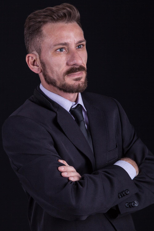 Gustavo Varoli 2-32.jpg