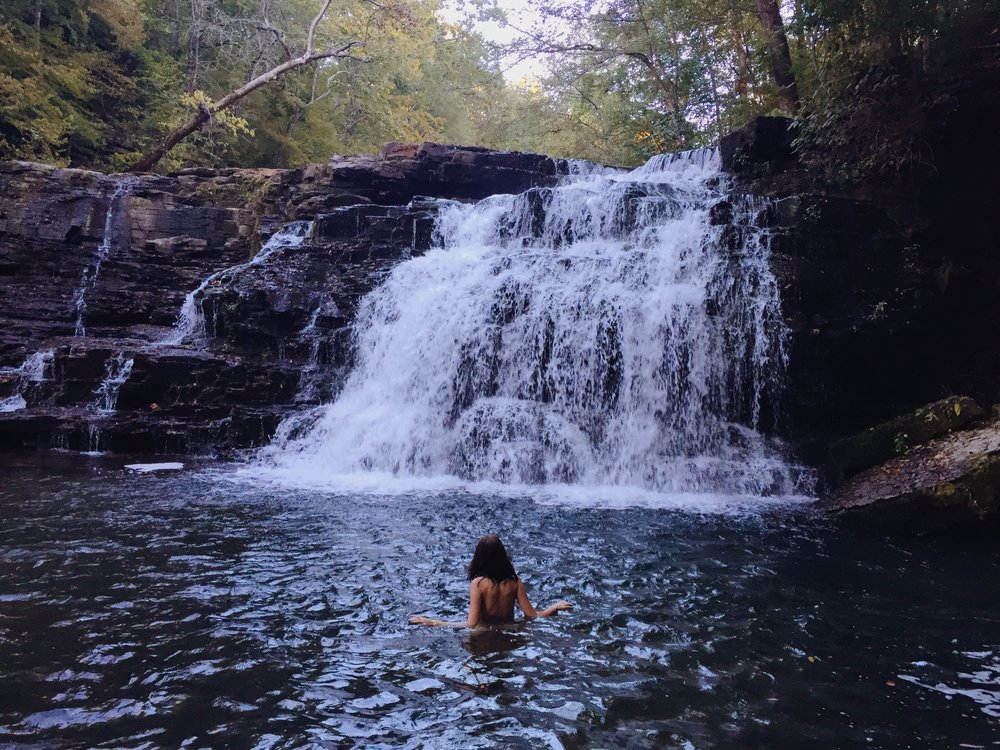 Addie being nakie in nature