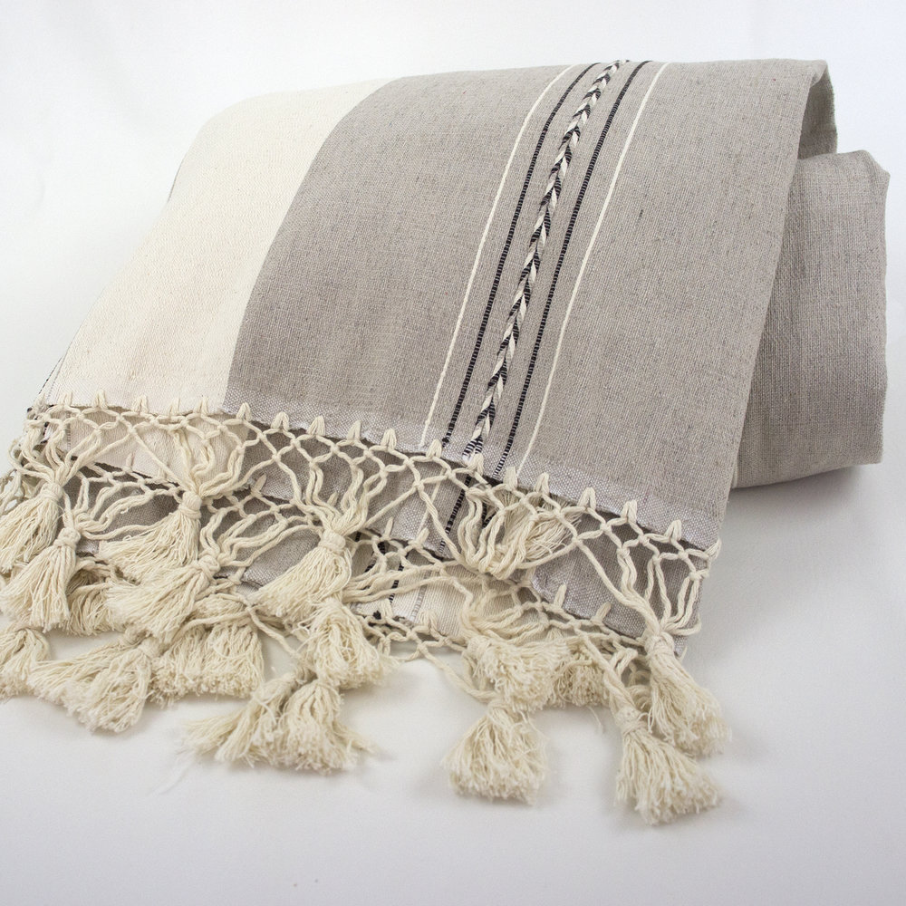 OF106 Oaxca White Throw.jpg