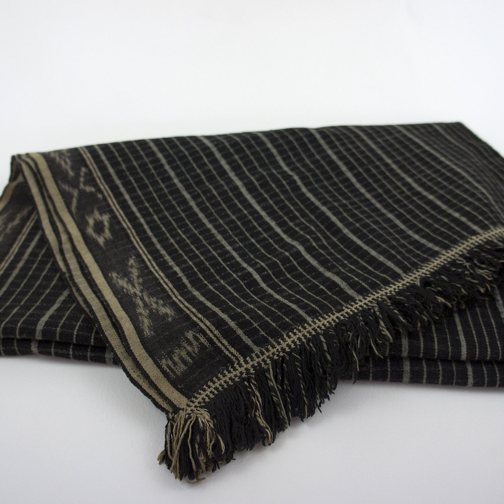3623 Vintage Sumbra Cotton Ikat Black Textile from Kodi Region.jpg