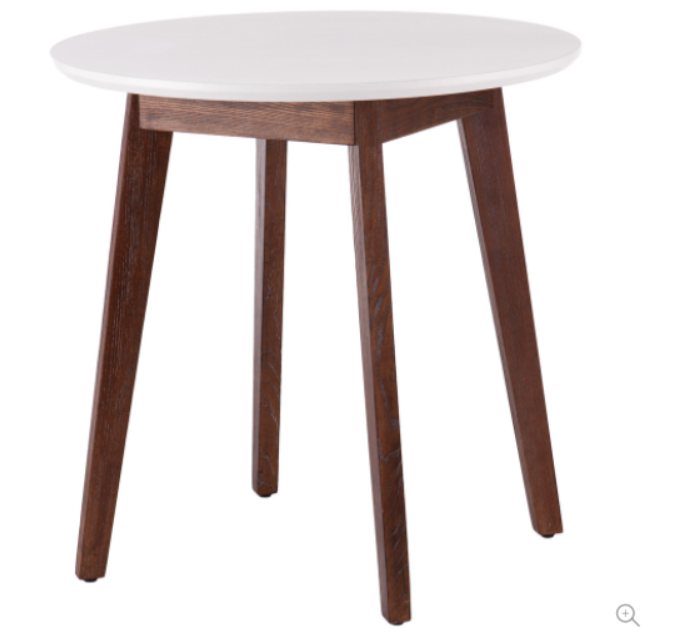 dining-table-in-oak-finish.png