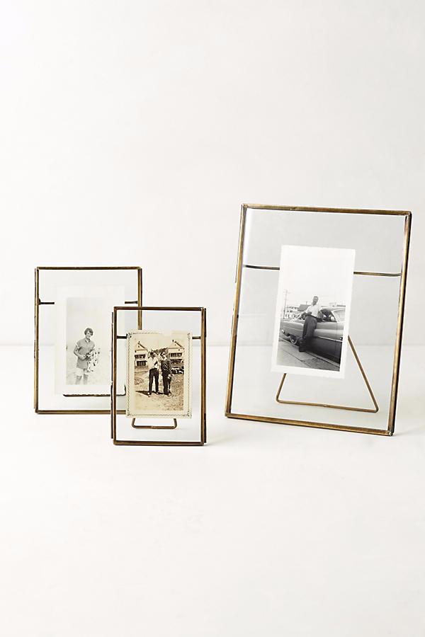 pressed-glass-photo-frame-large-a44fbd1a652feb0bc3184dfe518f309d.png