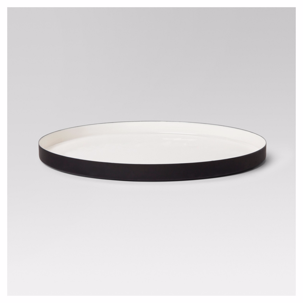 round-enameled-tray-white-black-project-62.png